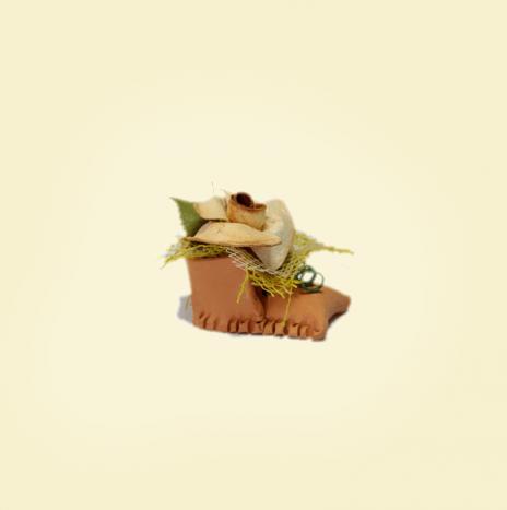 Scarpetta in terra cotta con rosa in buccia di bergamotto