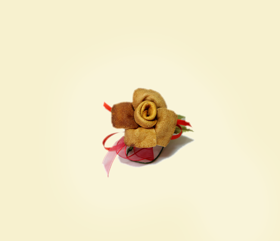 Rosa in buccia di bergamotto con nastri
